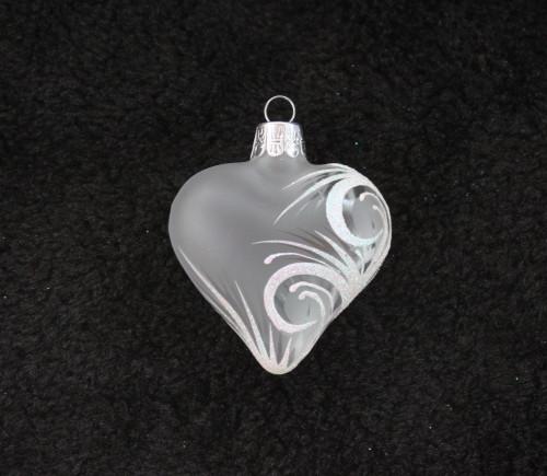 Bílý ornament - matné srdce