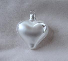 Srdce perleťové, bílý text
