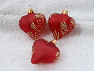 Zlatý lístek - matné červené srdce